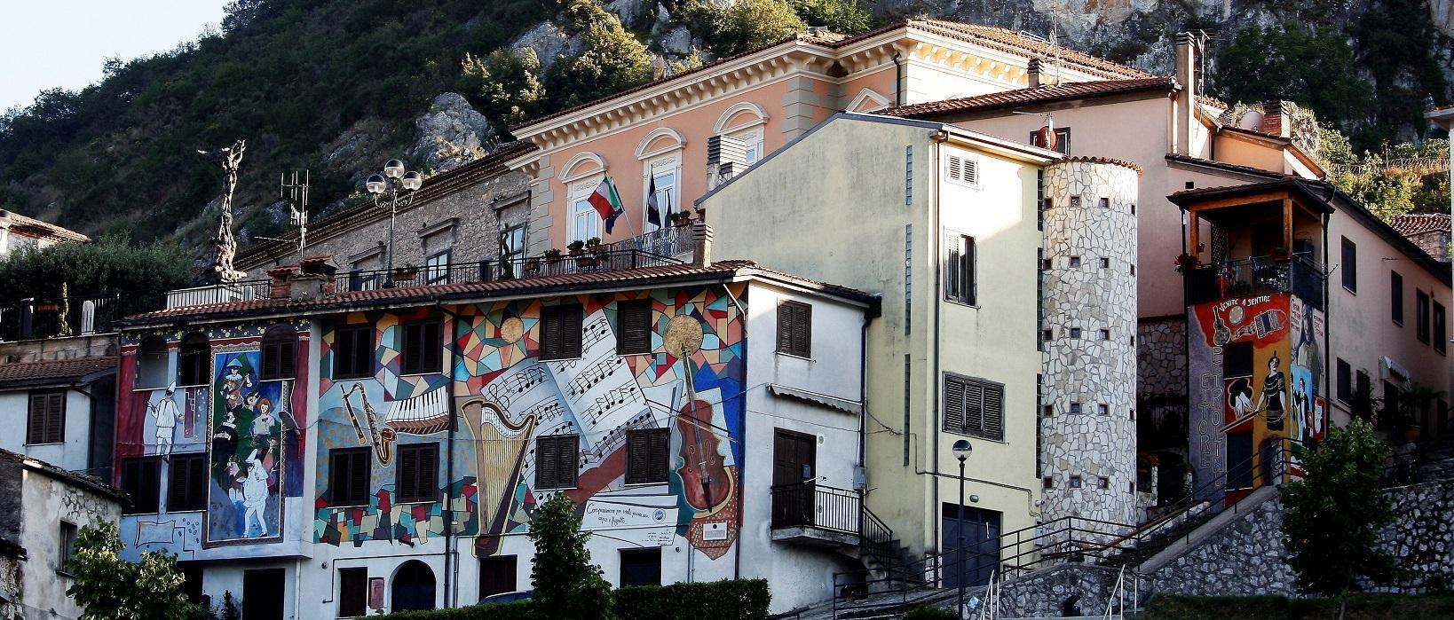 Satriano Di Lucania Murales.La Valle Piu Dipinta D Italia Unpli Nazionale
